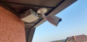 Монтаж системы видеонаблюдения на частном доме - фото